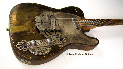 Tony Cochran Derringer guitar #65 angle Picture