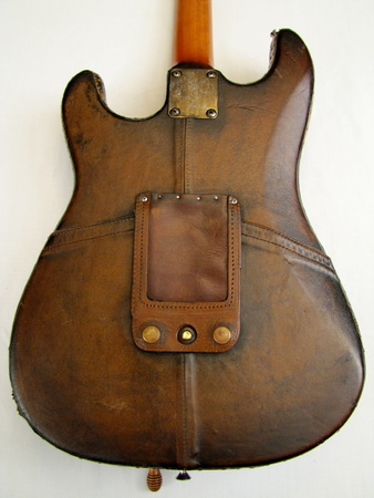 Arkanacaster guitar leather back Picture