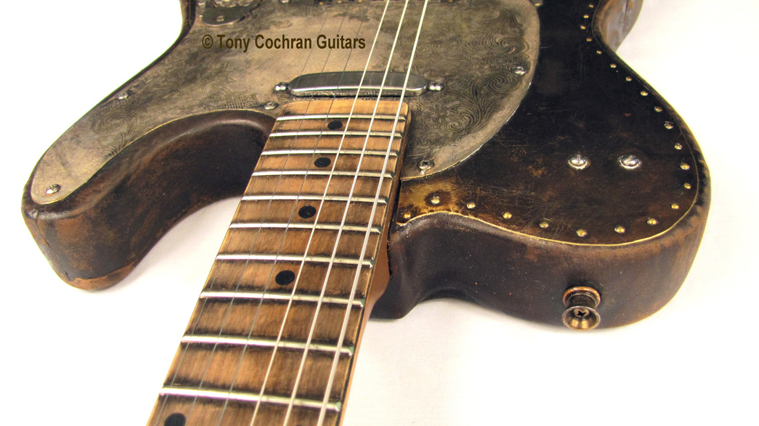 Tony Cochran Derringer guitar #65 top edge front Picture