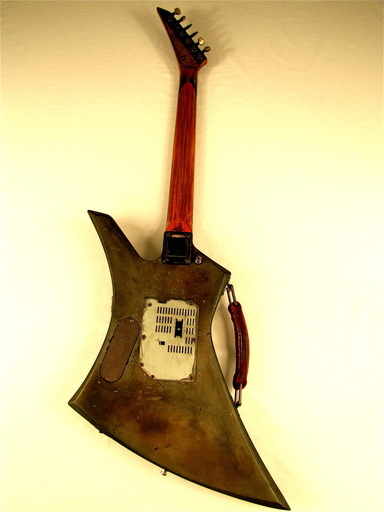 Synchron guitar full back Picture