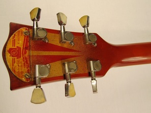 Lidia guitar head back Picture